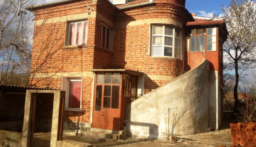 Bulgaria - Razdel very attractive house for sale cheap